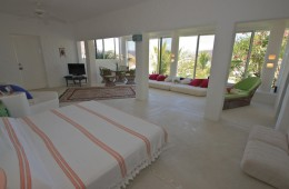 Master Suite of Villa Roxana
